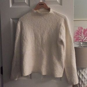 Eileen fisher turtle neck sweater M