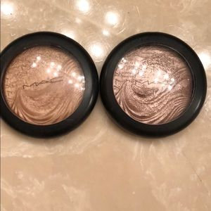 2 MAC original in extreme dimension skinfinishes