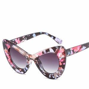 Cat Eye Style Glasses