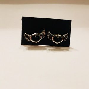 NWOT Silver heart with wings studded earrings