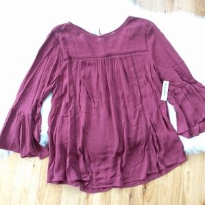 Old Navy burgandy flowy blouse