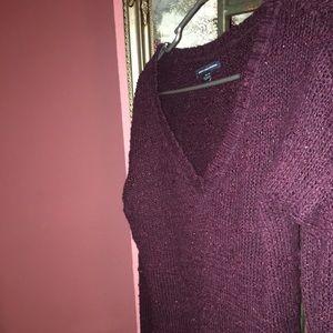 American eagle burgundy sweater