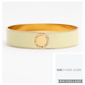 MARC JACOBS Cream Gold Logo Bangle Bracelet NWT
