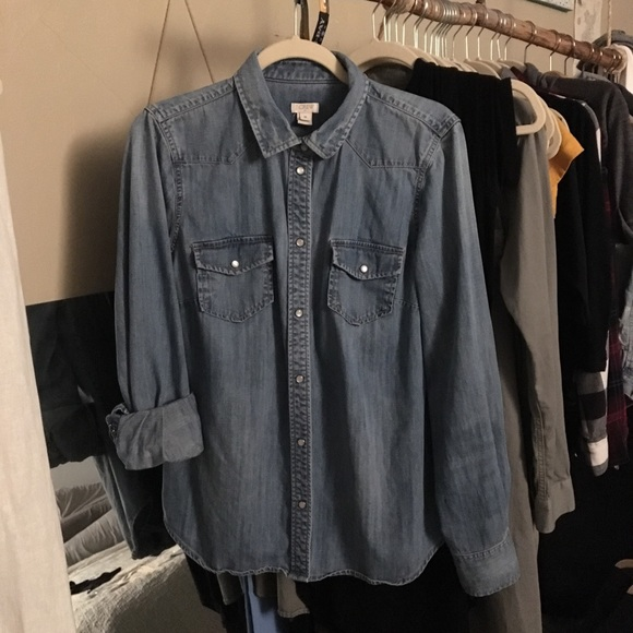 95376f3b344 J. Crew Tops - J. Crew Western Chambray Shirt In Vintage Indigo