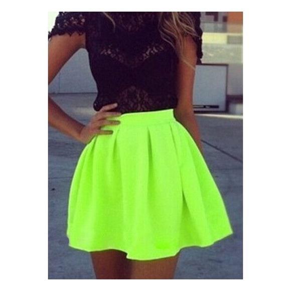 72a586b12c Neon skater skirt . M 5a2f7b4136d594d73a026351