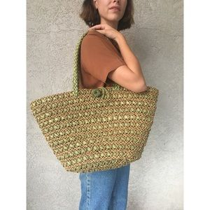 [vintage] large woven rattan basket tote