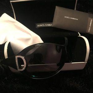 Dolce & Gabbana sunglasses 😎