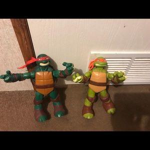 Other - 2 Ninja Turtles Action Figures