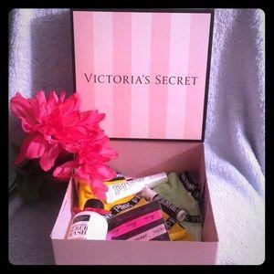Victoria's Secret pink goody box