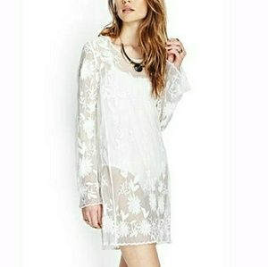 Forever 21 Long Sleeve Boho Lace Dress