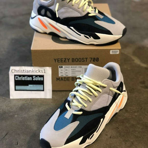 on sale fd4e1 4a2a3 Yeezy Wave Runner