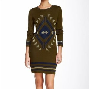 NWT Romeo & Juliet Couture sweater dress-Large Med