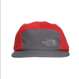 6425535e419fe The North Face Accessories - NWT  The North Face 5 Panel Denali Hat