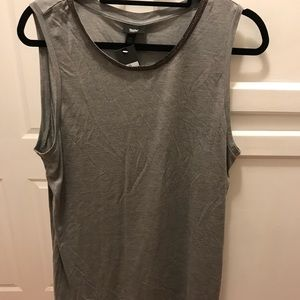 Set of 2 Xiliration dressy muscle cut tops size XL