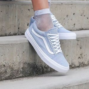 NIB Vans Old Skool Sneakers, sz 7