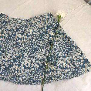 Forever 21 blue with Floral pattern skater skirt🌼