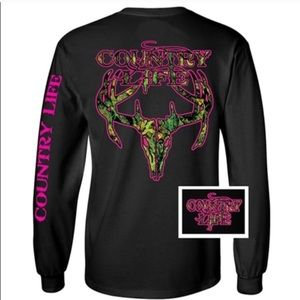 Tops - 🆕Country Life Black Woman's Long Sleeve T!🆕