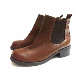 New Soda Brown Vegan Leather Chelsea Boots 5.5