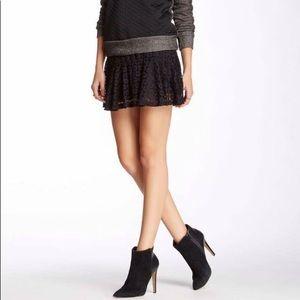NWT H.I.P. Lace drop waist skirt.  Size Medium