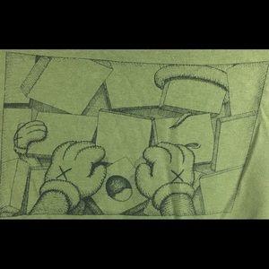 288e5e61c5adac Uniqlo x KAWS Shirts - Uniqlo x Kaws Olive Green XX Men s Pocket T-Shirt