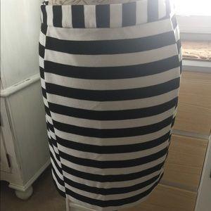 Striped mini pencil skirt