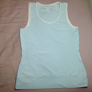 Nike Fit Dry Top, size S