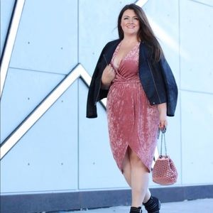 Dresses & Skirts - Wrap midi dress size 1x