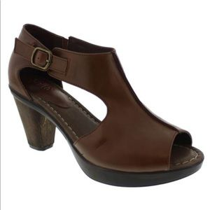 Brown Open Toe Leather Mule Sandals