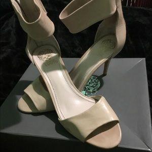 Vince Camuto Noris Sandals