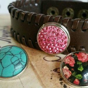 Snap Leather Bracelet PLUS 3 18mm Snap Charms