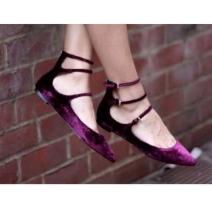 SUNDAY SALE!! BR Abby velvet flats - 8M - Burgandy