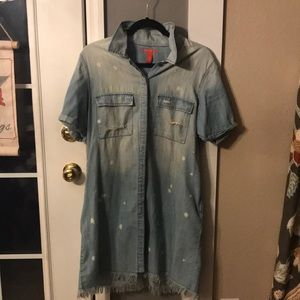 Chelsea & Violet Distressed Button up Dress