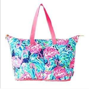 NWT Lilly getaway packable tote