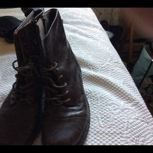 Clark leather boots 7 1/2