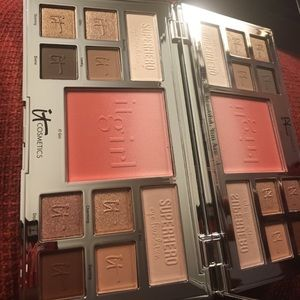 it! Limited edition eye and cheek palette
