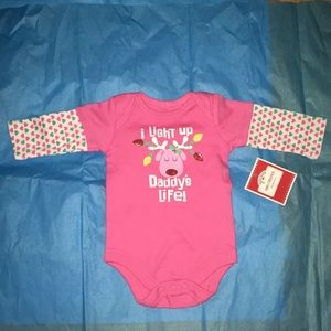 Other - FINAL SALE NWT Holiday newborn pink long-sleeve
