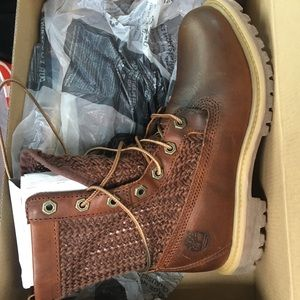 Authentic Timberland Open Weave Boot in brown