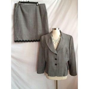 Tahari ASL Size 16 Skirt Suit Wool Blend