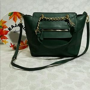 CHARMING CHARLIE Green Crossbody/Handbag