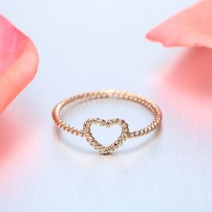 Jewelry - 18K Gold Open Heart Twisted Spiral Ring