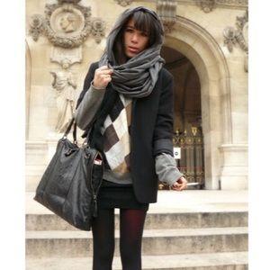 BRAND NEW American apparel Infinity wrap scarf
