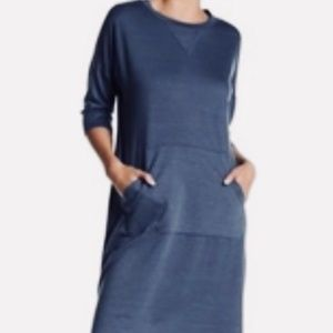 Bobeau Blue Kangaroo Pouch Pocket Shift Dress
