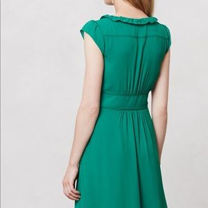 Anthropologie Della dress in green size 4