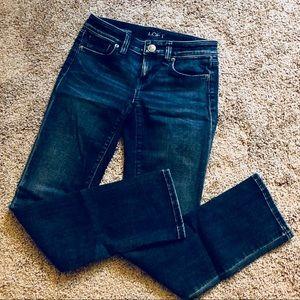 LOFT straight cut Jeans 👖 Size 24