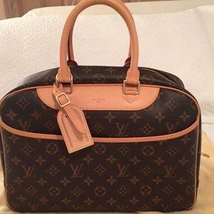 """Louis Vuitton """"Deauville"""" Bag"""