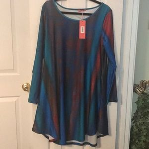 Tunic Top. Long sleeve with pockets .