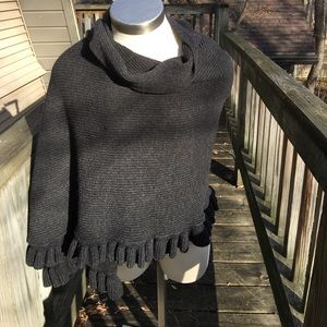 Ruffled shawl/wrap