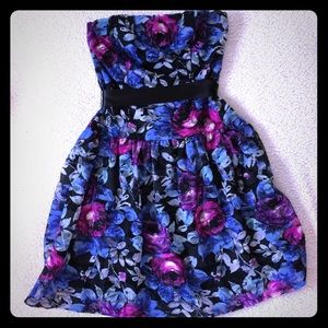 EUC As u wish size 1 floral print cocktail dress