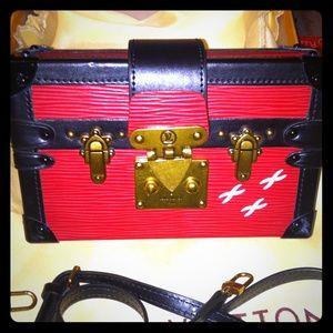 Beautiful Pettite Malle Trunk bag