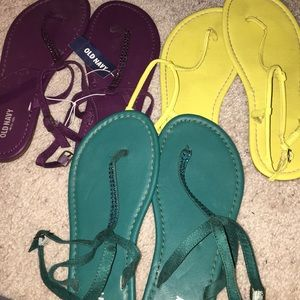 3 pairs of old navy sandals *today only*
